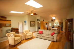 comfortable and spacious living room at Ho'oNani Care Home