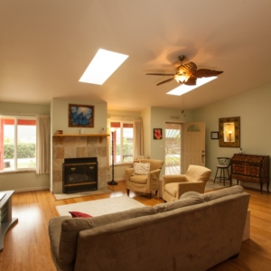 view of entry, living room, and front bedroom at Ho'oNani Care Home
